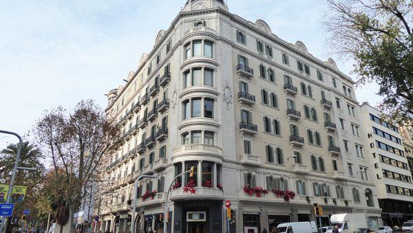 Fachada rehabilitada Diagonal 482, Barcelona